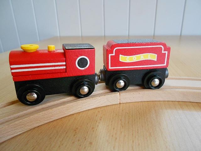 電車の玩具選び