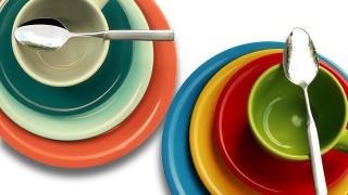 赤ちゃんの食器選びの落とし穴、色柄や素材で気をつけること