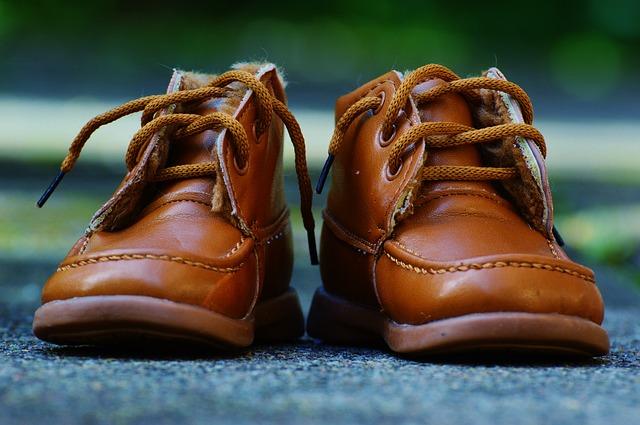 インポート子供靴のサイズ選びに便利なサイズ換算表